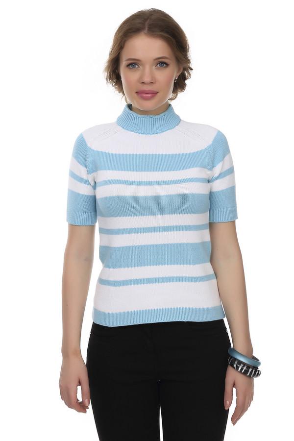 Пуловер Just ValeriПуловеры<br>Пуловер от бренда Just Valeri прямого кроя выполнен из мягкой пряжи белого цвета с вязанным рисунком в голубую горизонтальную полоску. Изделие дополнено: воротником-стойка и короткими руками.<br><br>Размер RU: 50<br>Пол: Женский<br>Возраст: Взрослый<br>Материал: хлопок 100%<br>Цвет: Разноцветный