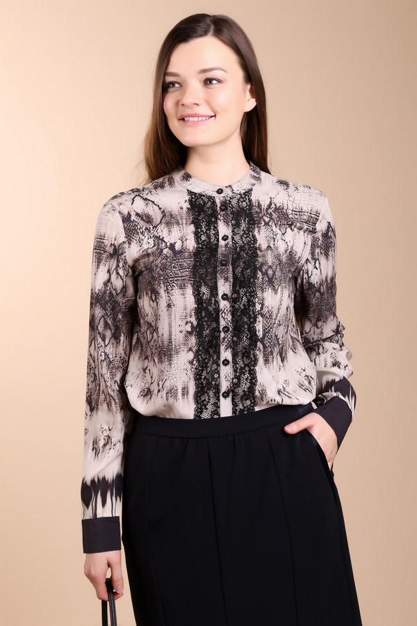 Блузa Betty BarclayБлузы<br>Бежево-черная вискозная блуза от бренда Betty Barclay прямого кроя позволяет скрыть недостатки фигуры. Сочетает в себе несколько модных принтов с размытым рисунком. Планка на пуговицах симметрично оформлена черными кружевами. Хорошо будет смотреться с  юбками  и  брюками  классического черного цвета.<br><br>Размер RU: 48<br>Пол: Женский<br>Возраст: Взрослый<br>Материал: вискоза 100%<br>Цвет: Бежевый