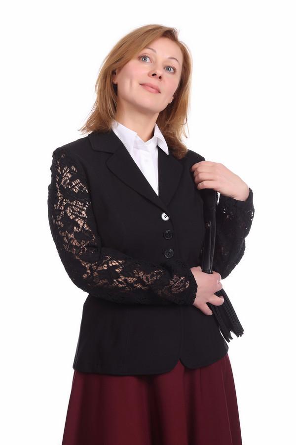 Жакет Betty BarclayЖакеты<br>Очень элегантный жакет Betty Barclay для взрослых дам и для девушек. Женщина в любом возрасте может позволить себе носить жакет такого плана, так как в нем есть все необходимое - строгость, сексуальность и ничего лишнего. Этот жакет черного цвета, с длинными кружевными рукавами и отложным воротником. Он выглядит словно из известной кружевной коллекции Chanel, а потому в таком жакете вы всегда будете выглядеть дорого и достойно.<br><br>Размер RU: 52<br>Пол: Женский<br>Возраст: Взрослый<br>Материал: вискоза 70%, эластан 5%, полиамид 25%<br>Цвет: Чёрный