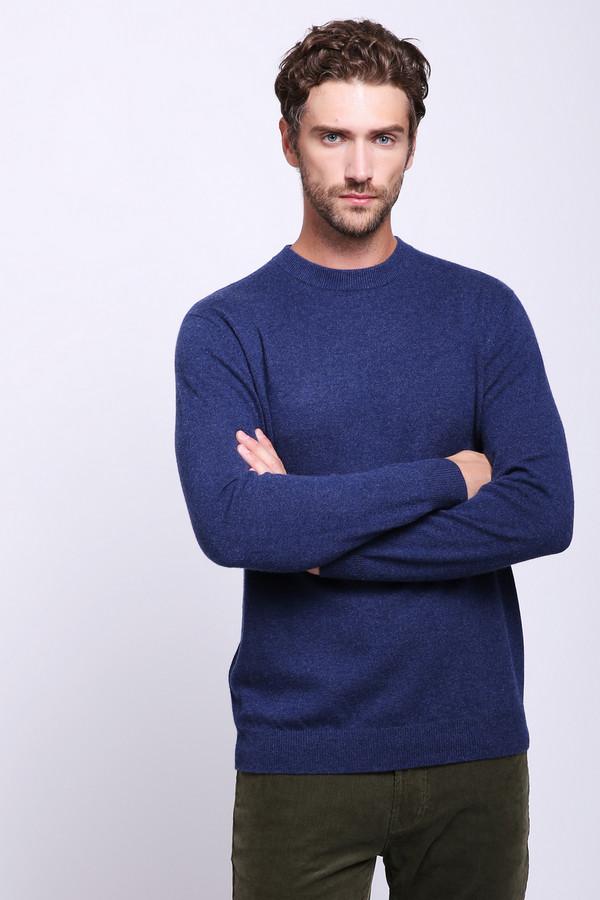 Джемпер Just ValeriДжемперы и Пуловеры<br>Джемпер мужской синего цвета фирмы Just Valeri. Модель выполнена прямым фасоном. Изделие дополнено круглым воротом, длинными, втачными рукавами. Окружность ворота , рукава и низ джемпера обшита вязаной стягивающей резинкой. Джемпер изготовлен из трикотажного полотна. Гармонировать можно с различными брюками.