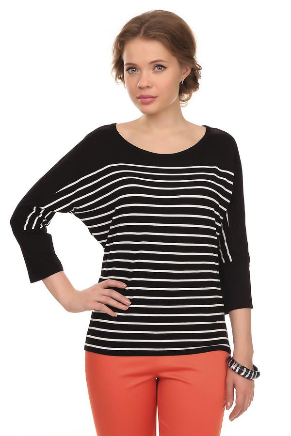 Блузa TaifunБлузы<br>Блузa Taifun оформлена в черно-белой расцветке. Изюминкой одежды являются рукава, которые выполнены свободным кроем. Это не ограничивает ваши движения, но придает определенную мешковатость во внешнем виде. Задняя часть блузы украшена металлическим украшением с названием фирмы и декоративным швом, проходящим по всей блузе вертикально. В дополнении с классическими брюками и пиджаком такая блуза может стать дополнением вашего образа на работе.<br><br>Размер RU: 44<br>Пол: Женский<br>Возраст: Взрослый<br>Материал: эластан 5%, вискоза 95%<br>Цвет: Чёрный