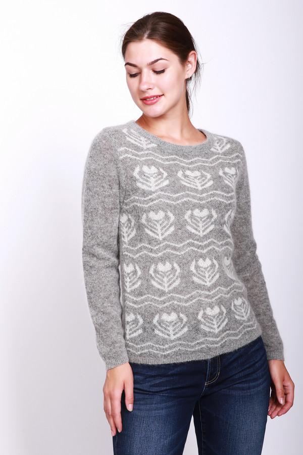 Пуловер PezzoПуловеры<br>Пуловер женский серого цвета фирмы Pezzo. Модель выполнена прямым покроем. Изделие дополнено округлым воротом, втачными, длинными рукавами. На передней части вывязан рисунок белого цвета. Окружность ворота, рукава и низ пуловера заканчивает вязаная резинка. Гармонировать может с различными брюками.
