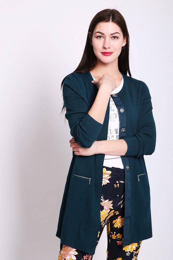 Жакет PezzoЖакеты<br>Жакет женский зеленого цвета фирмы Pezzo. Модель выполнена прямым фасоном. Изделие дополнено округлым воротом, втачными, длинными рукавами, застежка на кнопки, прорезными карманами на молнию. Ткань состоит из 16% полиамида, 42% шерсти, 42% акрил. Комбинировать можно с различными брюками, юбками.