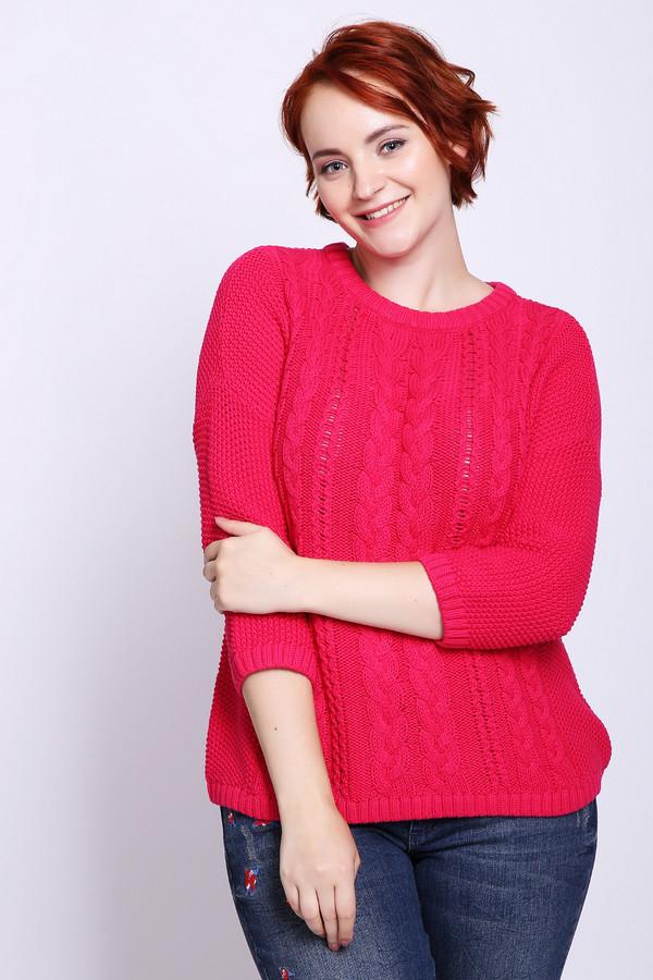 Пуловер PezzoПуловеры<br>Пуловер женский красного цвета фирмы Pezzo. Модель выполнена прямым покроем. Изделие дополнено округлым воротом, застежка капелька на тесьму, втачными рукавами 3/4 длинны. Хорошая посадка по фигуре. На передней части пуловера расположен орнамент из ажурной вязки. Окружность ворота, рукава и низ пуловера заканчивает вязаная резинка.