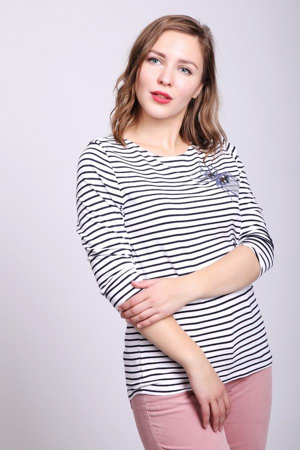 Футболка BiancaФутболки<br>Футболка женская белого цвета фирмы Bianca. Модель выполнен прямым покроем. Изделие дополнено округлым воротом, втачными рукавами 3/4 длинны. На передней части футболки расположена аппликация, выполненная стразами. Ткань имеет полосатый принт. Состав ткани состоит из 5% эластана, 95% вискозы. Гармонировать можно с различными брюками, джинсами.