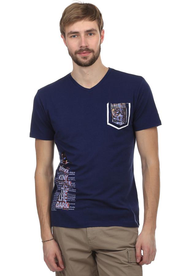 Футболкa Just ValeriФутболки<br>Модная мужская футболка от бренда Just Valeri. Футболка прилегающего кроя выполнена в темно-синем цвете. Изделие дополнено: v-образным вырезом, одним накладным карманом и короткими рукавами. На футболке напечатан неординарный принт на спине, на кармане, а также на боку. Эта модная вещь способна вписаться и сделать стильным любой образ. Она очень удобная и практична, благодаря сочетанию состава ткани, из которого пошита.<br><br>Размер RU: 54<br>Пол: Мужской<br>Возраст: Взрослый<br>Материал: хлопок 50%, спандекс 5%, модал 45%<br>Цвет: Синий