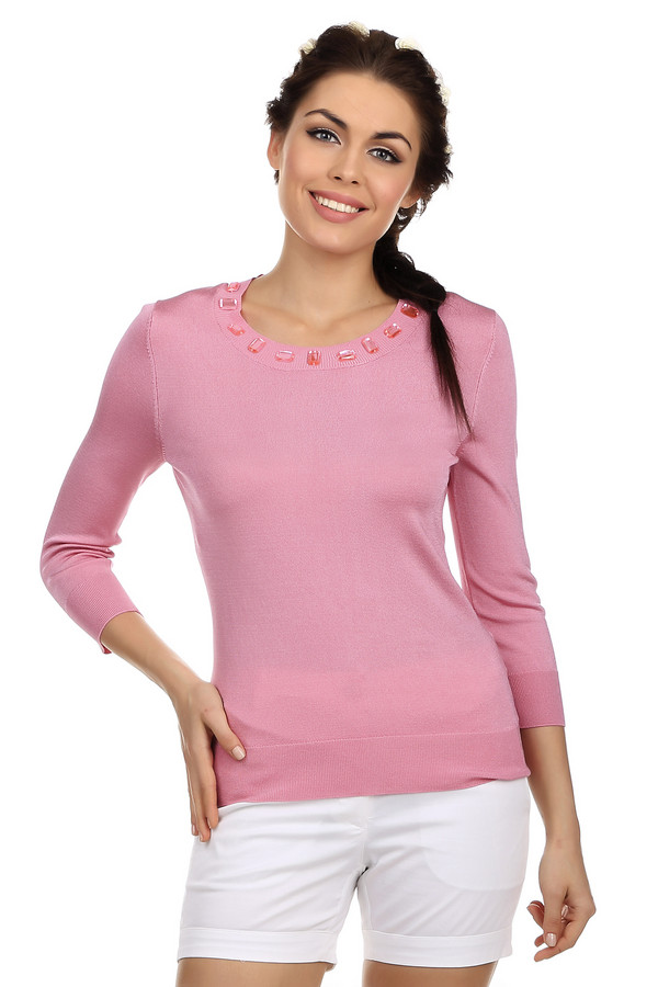 Пуловер PezzoПуловеры<br>Модный женский пуловер бренда Pezzo. Данный пуловер представлен в классическом розовом цвете. Изделие дополнено: глубоким круглым вырезом, рукавом три четверти, а также украшением из камней розового цвета у выреза. Рукава и низ, этого изделия, на резинке.<br><br>Размер RU: 46<br>Пол: Женский<br>Возраст: Взрослый<br>Материал: вискоза 75%, полиамид 22%, спандекс 3%<br>Цвет: Розовый