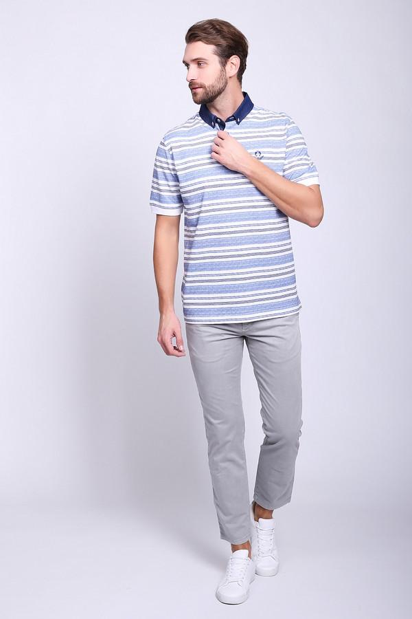 Брюки MACБрюки<br>Брюки мужские серого цвета фирмы MAC. Модель прямого фасона. Изделие дополнено пришивным поясом со шлевками для ремня, застежка молния на пуговицу, боковыми карманами, задними, прорезными карманами на пуговицу. Ткань состоит из 2% эластана, 98% хлопка. Сочетать можно с различными рубашками, футболками, пуловерами.