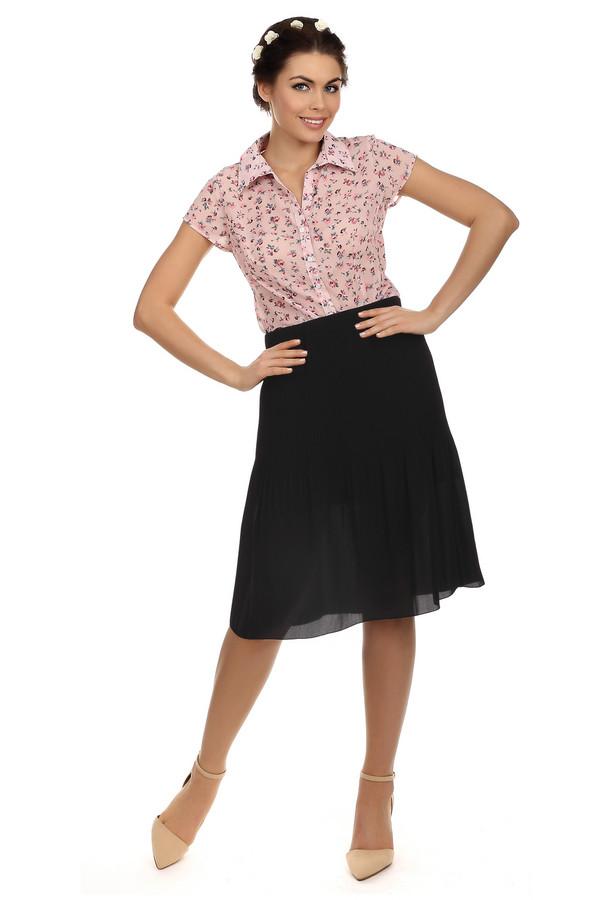 Юбка Betty BarclayЮбки<br>Юбка Betty Barclay черного цвета, изготовлена из полиэстера без дополнительных добавок. По своей текстуре она очень легкая и воздушная. Отсутствуют молнии и застежки, данная юбка на резинке.<br><br>Размер RU: 44<br>Пол: Женский<br>Возраст: Взрослый<br>Материал: полиэстер 100%<br>Цвет: Чёрный