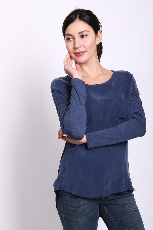 Блузa OuiБлузы<br>Блуза женская синего цвета фирмы Oui. Модель выполнена прямым фасоном. Изделие дополнено округлым воротом, втачными, длинными рукавами, накладным карманом. Ткань состоит из 100% вискозы. Сочетать можно с различными брюками.