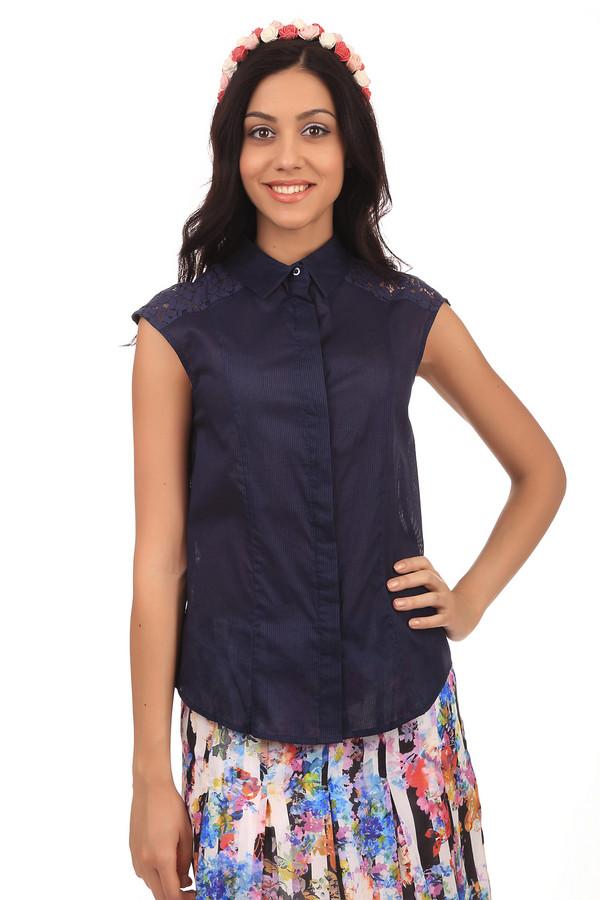 Блузa PezzoБлузы<br>Летняя женская блуза от бренда Pezzo. Это блуза-безрукавка темно-синего цвета в полоску, дополненная пуговицами, отложным воротником и кружевными вставками на плечах. Материал изделия - 100% хлопок.<br><br>Размер RU: 42<br>Пол: Женский<br>Возраст: Взрослый<br>Материал: хлопок 100%<br>Цвет: Синий