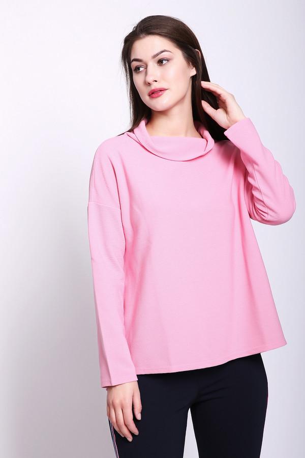 Пуловер Betty BarclayПуловеры<br>Пуловер женский розового цвета фирмы Betty Barclay. Модель выполнена прямым фасоном. Изделие дополнено округлым воротом хомут, приспущенными, длинными рукавами. Ткань состоит из 40% вискозы, 60% полиэстера. Сочетать можно с различными брюками, юбками.