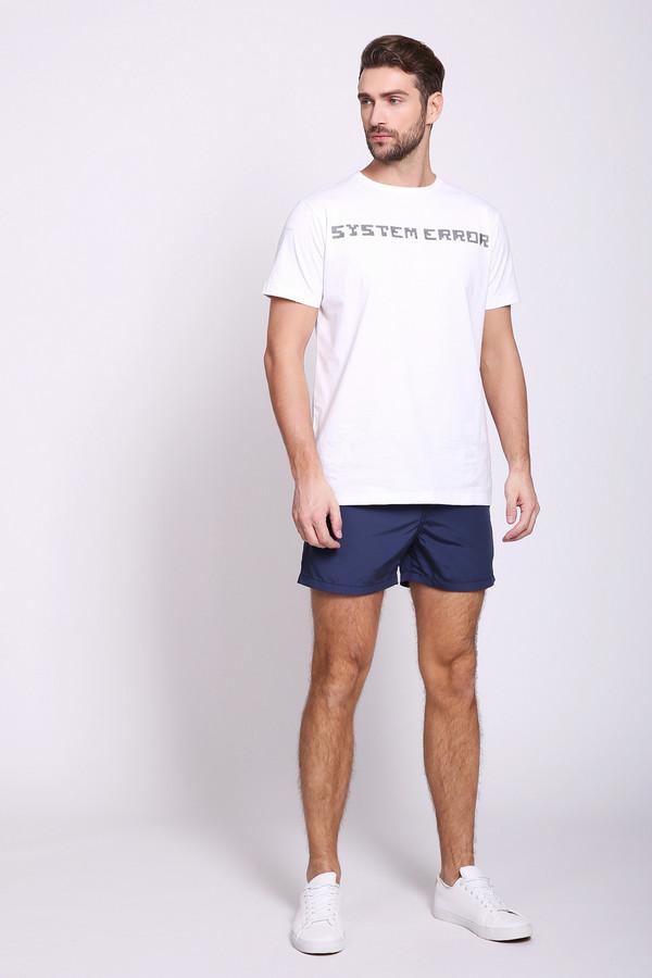 Шорты PezzoШорты<br>Шорты синего цвета от бренда Pezzo. Модель выполнена прямым фасоном. Изделие дополнено пришивным поясом с эластичной лентой и тесьмой, боковыми карманами, задним, накладным карманом. Ткань состоит из 100% полиэстер. Подкладка - 100% 100% полиэстер. Комбинировать можно с различными футболками.