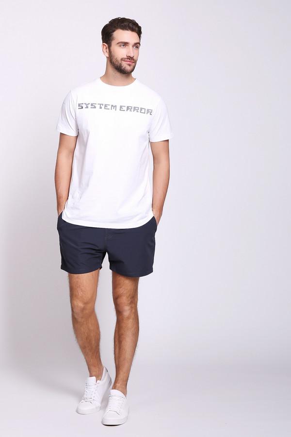 Шорты PezzoШорты<br>Шорты мужские синего цвета от бренда Pezzo.Модель выполнена прямым фасоном. Изделие дополнено пришивным поясом с эластичной лентой и тесьмой, боковыми карманами, задним накладным карманом. Состав ткани: 100% полиэстер. Подкладка - 100% полиэстер. Комбинировать можно с различными футболками, поло.