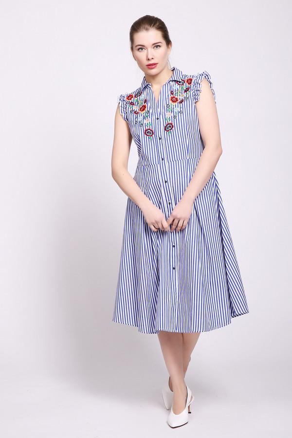 Платье Just ValeriПлатья<br>Платье синего цвета фирмы Just Valeri. Ткань имеет принт. Модель выполнена расклешенным покроем. Изделие дополнено округлым воротом с V - образным вырезом, без рукавов, застежка на пуговицы, отрезной талией, с застроченными складками на подоле и средним, задним швом. Платье может быть использовано для различных поводов. Окружность ворота украшена вышивкой. Ткань состоит из 100% хлопок.
