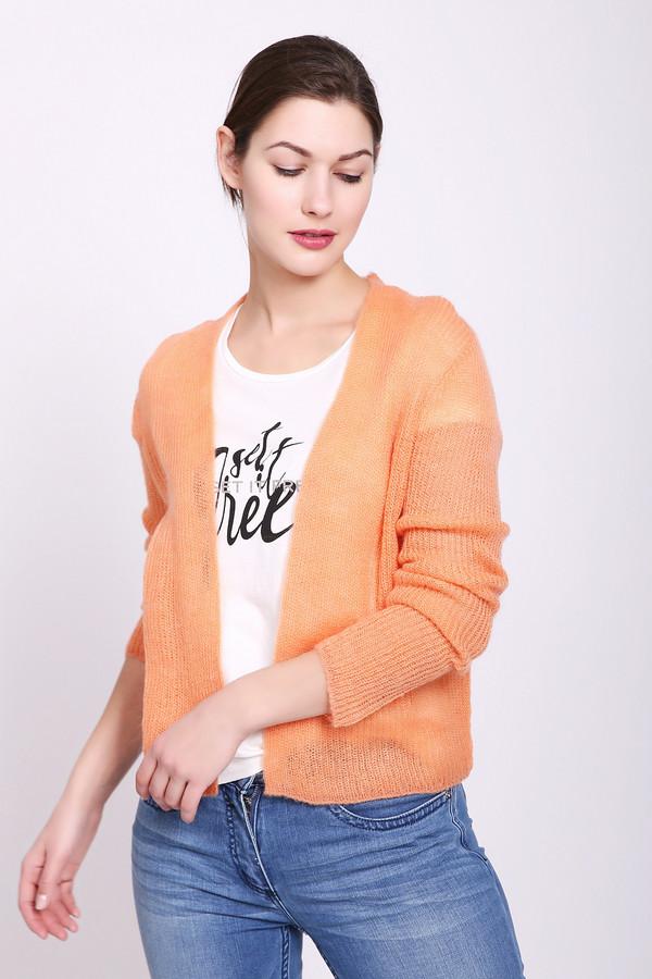 Жакет TaifunЖакеты<br>Жакет женский оранжевого цвета от немецкого бренда Taifun. Модель выполнена прямым фасоном. Изделие выполнено округлым воротом V - образным разрезом с запахом, втачными, длинными рукавами. Такая модель в сочетании с различными деталями вашего гардероба объединит ваш комплект. Состав ткани: 55% полиакрил, 30% полиамид, 15% мохер. Сочетать можно с различными брюками, юбками.