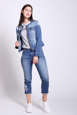 df66023b0ff Купить женские джинсы в интернет-магазине недорого — X-MODA