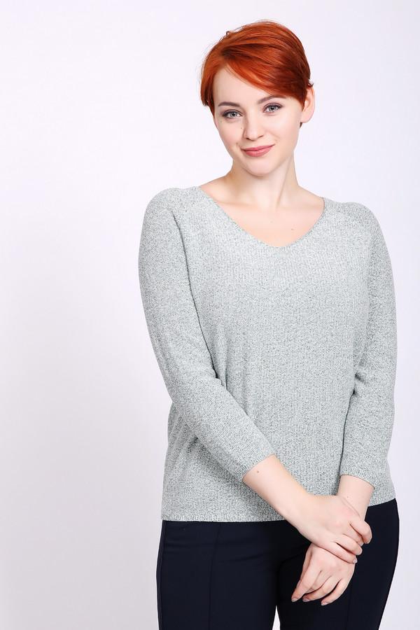 Пуловер PezzoПуловеры<br>Пуловер женский серого цвета от бренда Pezzo. Модель выполнена прямым фасоном. Изделие дополнено округлым воротом с V- образным вырезом, рукавами реглан 3/4 длины. Ткань состоит из 22% полиэстера, 66% хлопка, 12% металл. Комбинировать можно с различными брюками, юбками.