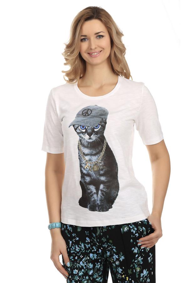 Футболка Via AppiaФутболки<br>Оригинальная женская футболка от бренда Via Appia. Это футболка белого цвета, дополненная веселым принтом с изображением кота на передней и задней части изделия. У данной модели круглый вырез и рукав длиной до локтя. Она пошита из материала, который на 100% состоит из хлопка.<br><br>Размер RU: 46<br>Пол: Женский<br>Возраст: Взрослый<br>Материал: хлопок 100%<br>Цвет: Разноцветный