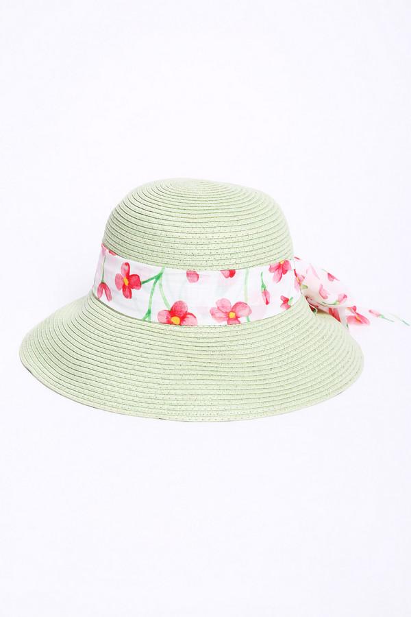 Шляпа PezzoШляпы<br>Шляпа женская зеленого цвета бренда Pezzo. Модель выполнена округлой формы с широкими полями. По окружности шляпы расположена лента из ткани белого цвета с принтом. Состав: 100% бумажная соломка, отделка - 100% полиэстер. Сочетать можно с различными деталями вашего гардероба.