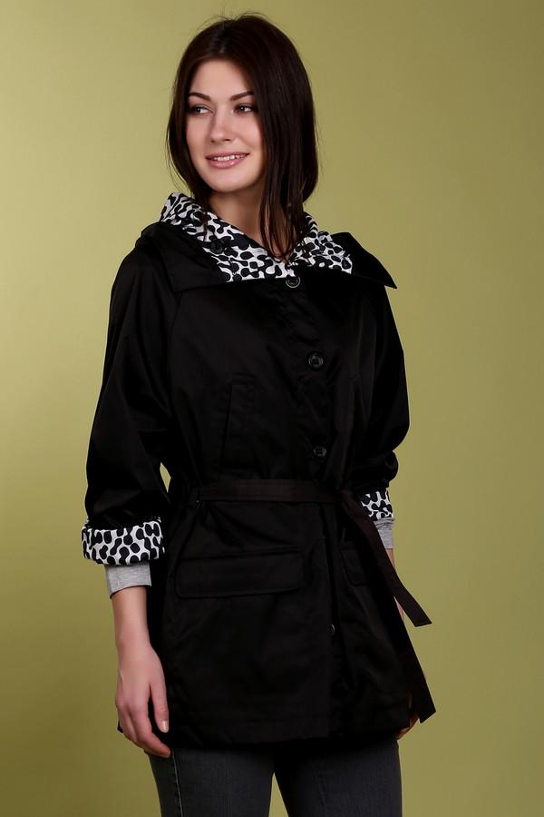 Ветровка LocustВетровки<br>Стильная, демисезонная куртка Locust. Куртка двухсторонняя. С одной стороны она черная, с другой необычный черно-белый принт. Стильный капюшон, пояс на талии - в такой куртке любая женщина будет выглядеть очень стильно и ярко. Куртка легкая, а потому очень удобная. В ней вы не будете на себе ощущать ничего лишнего, как это часто бывает. В отличии от большинства курток такого плана, в этой вы будете выглядеть очень женственно и модно.<br><br>Размер RU: 52-54<br>Пол: Женский<br>Возраст: Взрослый<br>Материал: полиэстер 100%<br>Цвет: Белый