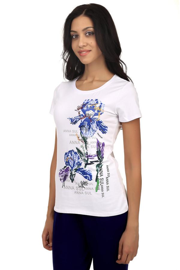 Футболка Just ValeriФутболки<br>Женственная футболка от бренда Just Valeri облегающего кроя выполнена из натурального хлопкового материала приятного на ощупь с добавлением спандекса. Округлый вырез горловины подчеркивает женственные линии ключицы. Футболка оформлена ярким цветочным принтом и надписями. Прекрасно будет смотреться с светлыми  джинсами .<br><br>Размер RU: 40<br>Пол: Женский<br>Возраст: Взрослый<br>Материал: хлопок 95%, спандекс 5%<br>Цвет: Белый