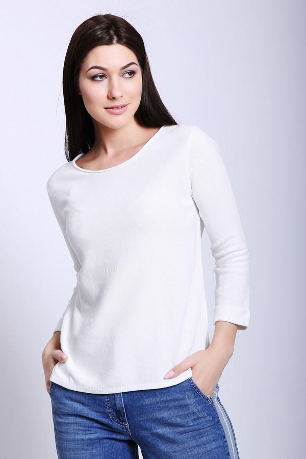 Пуловер PezzoПуловеры<br>Пуловер женский белого цвета бренда Pezzo. Модель выполнена прямым фасоном. Изделие дополнено округлым воротом, втачными рукавами 3/4 длины. Ткань состоит из 33% вискозы, 67% хлопка. Сочетать можно с различными брюками, юбками.