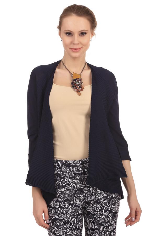 Жакет PezzoЖакеты<br>Стильный женский жакет от бренда Pezzo чёрного цвета. Изделие выполнено из полиамида и вискозы. Данная модель является демисезонной. Рукава слегка укороченные. Жакет не застегивается, а запахивается. Это изделие является минималистичным. Сочетается с разными стиля и фактурами одежды.<br><br>Размер RU: 50<br>Пол: Женский<br>Возраст: Взрослый<br>Материал: вискоза 65%, полиамид 35%<br>Цвет: Синий