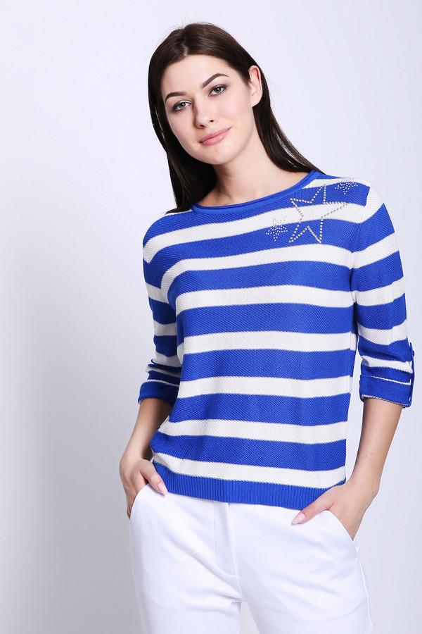 Пуловер PezzoПуловеры<br>Пуловер женский белого цвета бренда Pezzo. Модель выполнена прямым фасоном. Изделие дополнено округлым воротом, втачными рукавами 3/4 длинны. Пуловер имеет полосатый принт. На пуловере расположено украшение стразами. Состав ткани: 65% вискоза, 35% хлопок. Сочетать можно с различными брюками.
