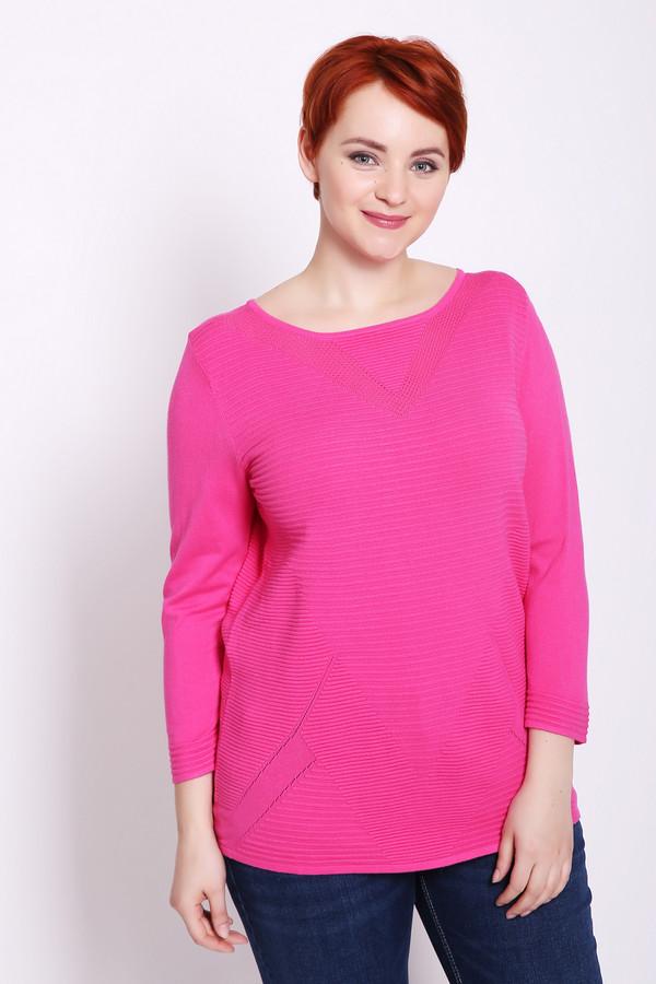 Пуловер PezzoПуловеры<br>Пуловер женский розового цвета бренда Pezzo. Модель выполнена прямым фасоном. Изделие дополнено округлым воротом, длинными рукавами. Состав ткани: 81% вискоза, 19% полиамид. Гармонировать можно с различными брюками.