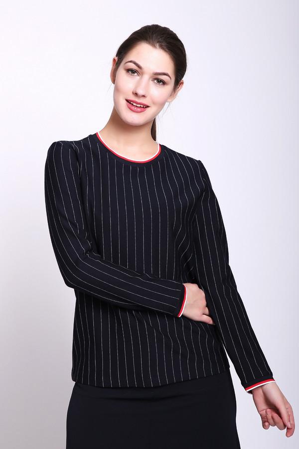 Блузa TaifunБлузы<br>Блуза женская черного цвета от немецкого бренда Taifun. Модель выполнена прямым фасоном. Изделие дополнено круглым воротом, втачными, длинными рукавами. Окружность ворота и рукава обшиты тесьмой. Ткань имеет полосатый принт. Состав: 4% эластан, 68% вискоза, 2% полиэстер, 26% полиамид. Сочетать можно с различными юбками, брюками.