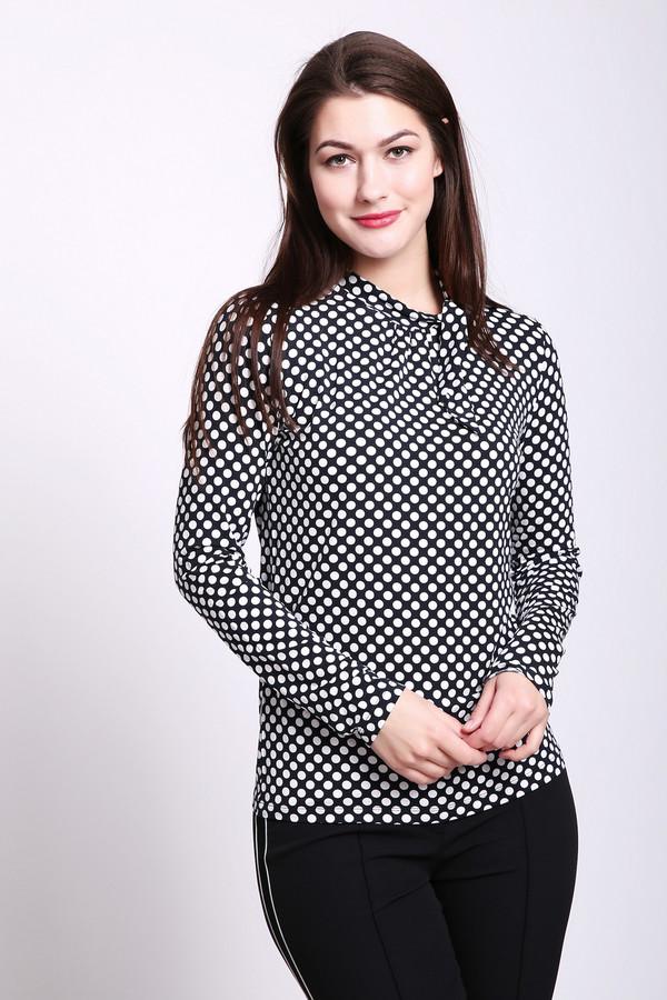 Блузa TaifunБлузы<br>Блуза женская серого цвета от немецкого бренда Taifun. Модель выполнена прямым фасоном. Изделие дополнено круглым воротом стойка, втачными, длинными рукавами. Ткань имеет принт горох. Состав ткани: 8% эластан, 92% вискоза. Ворот обшит бейкой на бант. Гармонировать можно с различными брюками, юбками.