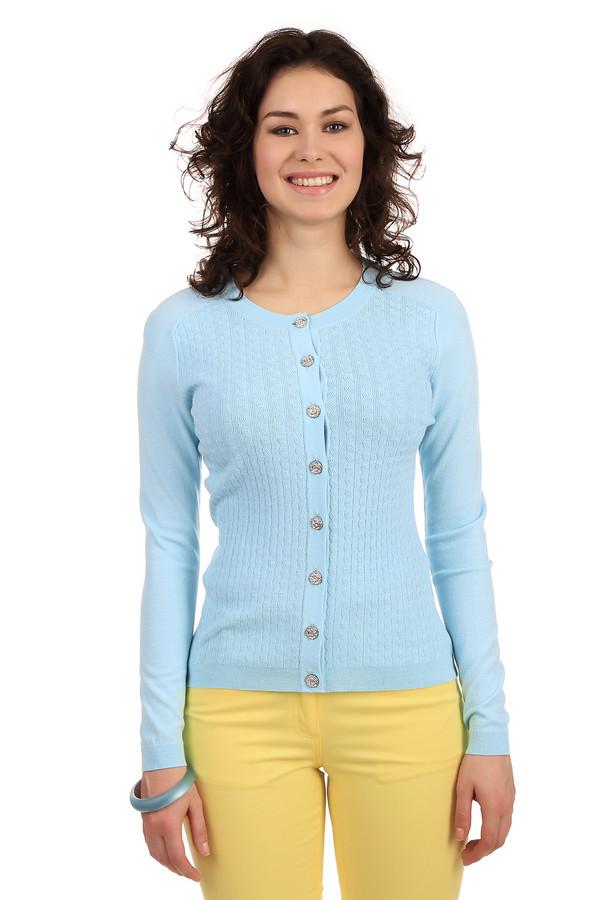 Кардиган PezzoКардиганы<br>Трикотажный кардиган от бренда Pezzo голубого цвета выполнен из мягкой пряжи. Изделие дополнено: круглым вырезом и длинными рукавами-реглан. Центральная часть застегивается на оригинальную фурнитуру в виде цветов. Кардиган оформлен объемным вязанным рисунком. Идеально будет смотреться как с  юбками , так и с классическими  брюками .<br><br>Размер RU: 52<br>Пол: Женский<br>Возраст: Взрослый<br>Материал: вискоза 65%, нейлон 35%<br>Цвет: Голубой