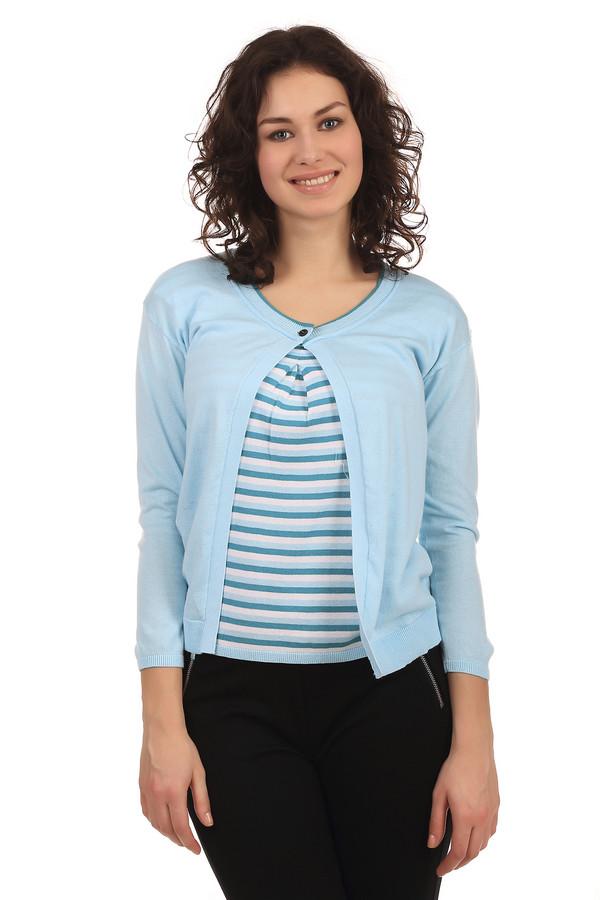 Пуловер PezzoПуловеры<br>Стильный женский пуловер бренда Pezzo. Это пуловер-накидка светло-голубого цвета, с круглым вырезом на пуговице, дополненный вставкой с бело-синими полосками и длинным рукавом. Изделие выполнено из натурального хлопка.<br><br>Размер RU: 54<br>Пол: Женский<br>Возраст: Взрослый<br>Материал: хлопок 100%<br>Цвет: Голубой