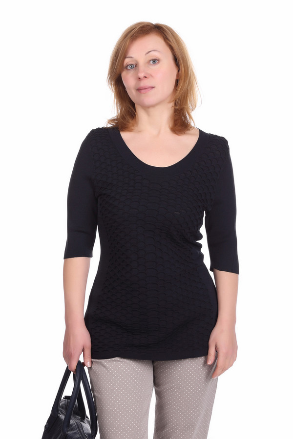 Пуловер PezzoПуловеры<br>Оригинальный пуловер для женщин от бренда Pezzo. Это пуловер темно-синего цвета, который пошит из материала, состоящего на 63% из вискозы и на 37% из нейлона. Данное изделие дополнено: круглым вырезом, рукавом длиной до локтя и оригинальными вязанными узорами на передней части пуловера.<br><br>Размер RU: 52<br>Пол: Женский<br>Возраст: Взрослый<br>Материал: вискоза 63%, нейлон 37%<br>Цвет: Синий