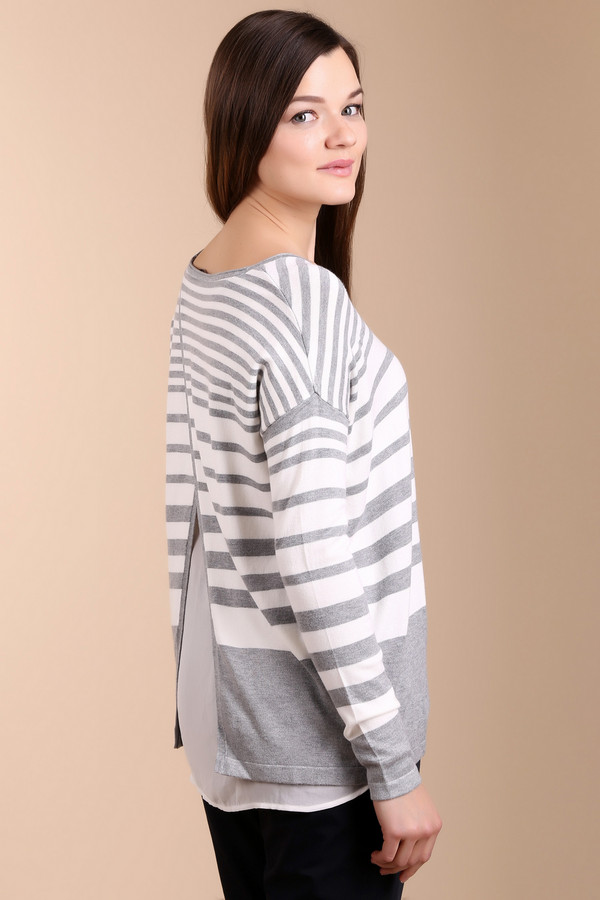 Пуловер CommaПуловеры<br>Женский пуловер от бренда Comma прямого свободного кроя представлен в белом цвете в серую горизонтальную полоску. Изделие дополнено: вырезом-лодочка, удлиненной спинкой и длинными рукавами с заниженной линией плеча. Спинка декорирована вставкой из полупрозрачной легкой ткани добавляя модели утонченной загадочности. Пуловер выполнен из приятного на ощупь мягкого трикотажа.<br><br>Размер RU: 50<br>Пол: Женский<br>Возраст: Взрослый<br>Материал: полиамид 19%, вискоза 81%<br>Цвет: Белый