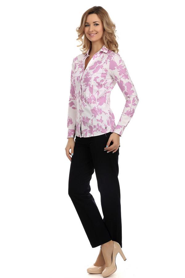Брюки VaniliaБрюки<br>Женские брюки-дудочки от бренда Vanilia выполнены в классическом черном цвете. Это брюки с высокой талией, длиной до лодыжки. По бокам есть карманы на молнии, а снизу небольшие вырезы с наружной стороны. Материал из которого они пошиты на 96% состоит из хлопка и на 4 % из эластана, поэтому они хорошо тянутся и очень удобны. Прекрасно будут смотреться как с топами, так и с классическими блузами.<br><br>Размер RU: 46<br>Пол: Женский<br>Возраст: Взрослый<br>Материал: эластан 4%, хлопок 96%<br>Цвет: Чёрный