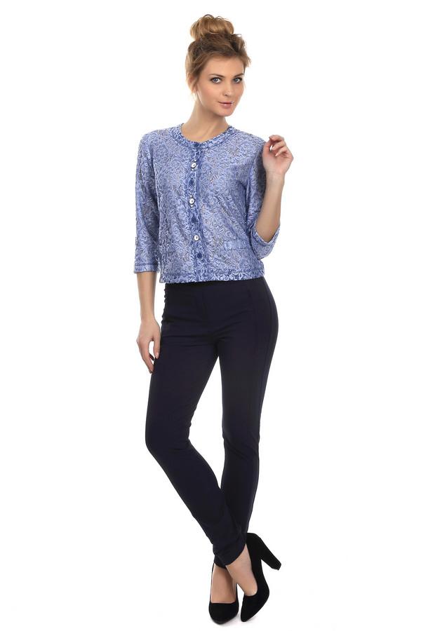 Брюки BraxБрюки<br>Женские брюки-скинни от бренда Brax. Это брюки темно-синего цвета с черным поясом на резинка, а также двумя боковыми карманами на молнии. Материал - смесь хлопка и полиамида, с небольшим процентом эластана.<br><br>Размер RU: 46<br>Пол: Женский<br>Возраст: Взрослый<br>Материал: эластан 5%, полиамид 43%, хлопок 52%<br>Цвет: Синий