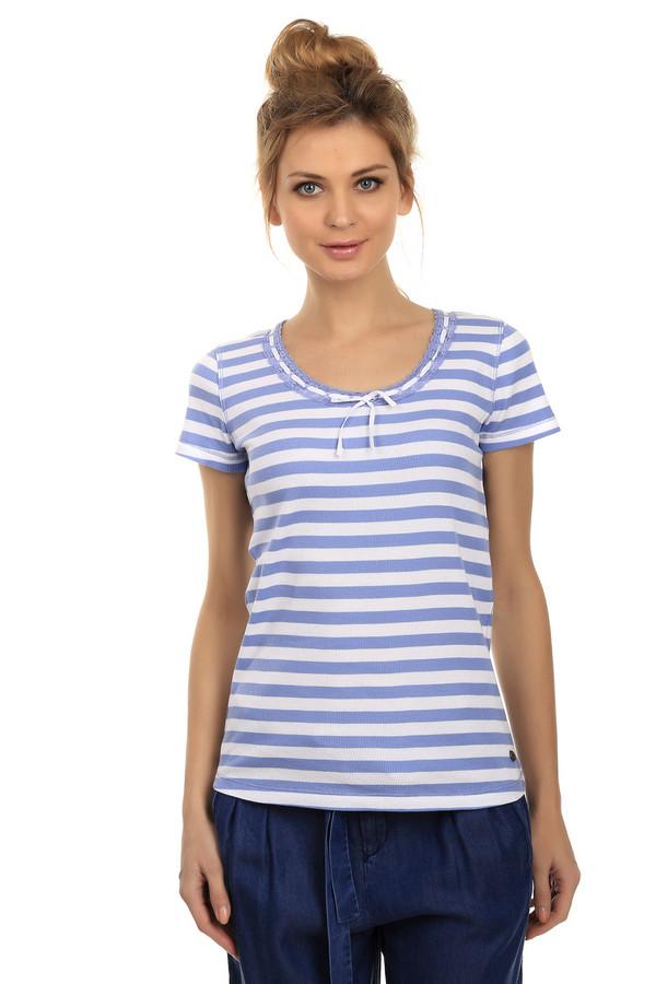 Футболка LerrosФутболки<br>Полосатая футболка для женщин от торговой марки Lerros. Футболка выполнена в белом и голубом цветах из материала, который на 100% состоит из хлопка. У данной модели короткий рукав и круглый вырез, декорированный голубым кружевом и бантом из тонкой белой ленты.<br><br>Размер RU: 46<br>Пол: Женский<br>Возраст: Взрослый<br>Материал: хлопок 100%<br>Цвет: Белый