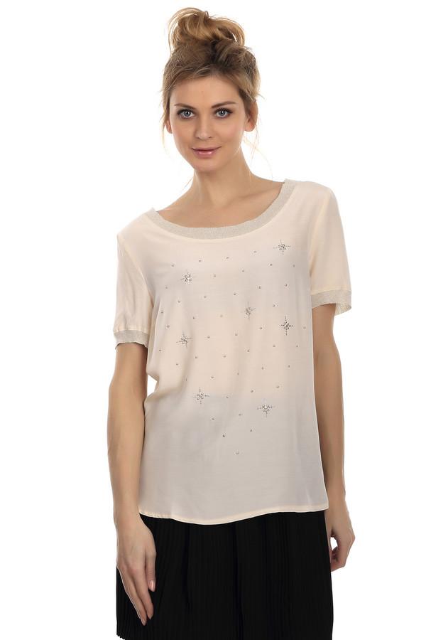 Блузa ApanageБлузы<br>Стильная женская блуза бежевого цвета. Это блуза от бренда Apanage. Изделие дополнено различной фурнитурой и небольшими серебристыми стразами. У данной модели круглый вырез и рукав длиной до середины плеча. Изделие изготовлено из 100% вискозы.