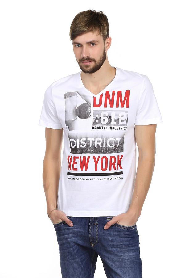 Футболкa Tom TailorФутболки<br>Мужская футболка от бренда Tom Tailor. Это футболка белого цвета, с принтом оригинальных черно-белых фотографий, а также красными надписями. Она сшита по классическому покрою. Изделие дополнено: v-образным вырезом и короткими рукавами. Футболка сделана из материала, который на 100% состоит из хлопка, поэтому в ней легко, комфортно в жару, и она приятная к телу. В более прохладное время года, футболка отлично сочетается с различными жакетами и толстовками.<br><br>Размер RU: 46-48<br>Пол: Мужской<br>Возраст: Взрослый<br>Материал: хлопок 100%<br>Цвет: Разноцветный