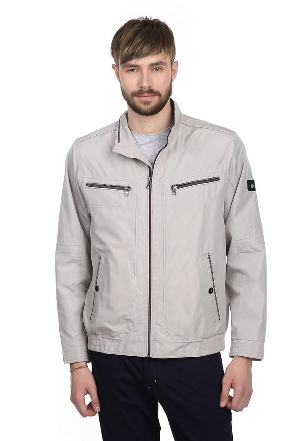 Куртка CabanoКуртки<br>Мужская куртка светло-серого цвета от бренда Cabano с отложным воротником. Куртка пошита из материала, который на 100% состоит из полиэстера. Изделие застегивается на застежку-молнию, и дополнено манжетами, которые застегиваются на кнопки, резинками по бокам снизу, а также парой нагрудных карманов на застежке-молнии и двумя боковыми карманами.<br><br>Размер RU: 48<br>Пол: Мужской<br>Возраст: Взрослый<br>Материал: полиэстер 100%<br>Цвет: Серый