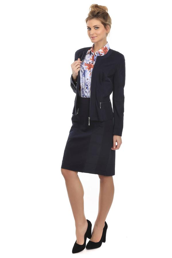 Юбка LebekЮбки<br>Элегантная юбка Lebek темно- синего цвета. Это изделие выполнено из полиэстера, эластана и вискозы. Данную модель можно носить круглый год. Она дополнена по бокам маленьким разрезом двумя молниями и застежкой сзади в виде незаметной молнии. Строгость и минимализм юбки хорошо подойдут для офисного стиля.<br><br>Размер RU: 44<br>Пол: Женский<br>Возраст: Взрослый<br>Материал: вискоза 20%, эластан 4%, полиэстер 76%<br>Цвет: Синий
