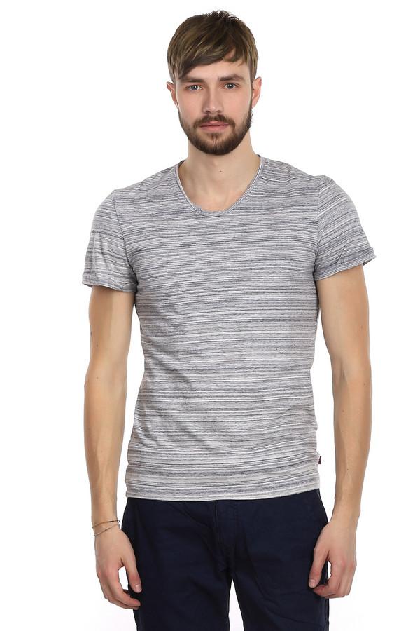Футболкa Tom TailorФутболки<br>Стильная футболка от бренда Tom Tailor для мужчин прилегающего кроя. Изделие дополнено: v-образным вырезом и короткими рукавами. Это полосатая футболка, пошитая из натурального хлопка. Это базовый элемент гардероба, который никогда не выходит из моды и всегда пригодится. Такие футболки очень удобны и практичны. Дизайн этой футболки позволяет ее сочетать как с классическими брюками, так и с повседневными джинсами.<br><br>Размер RU: 48-50<br>Пол: Мужской<br>Возраст: Взрослый<br>Материал: хлопок 100%<br>Цвет: Разноцветный