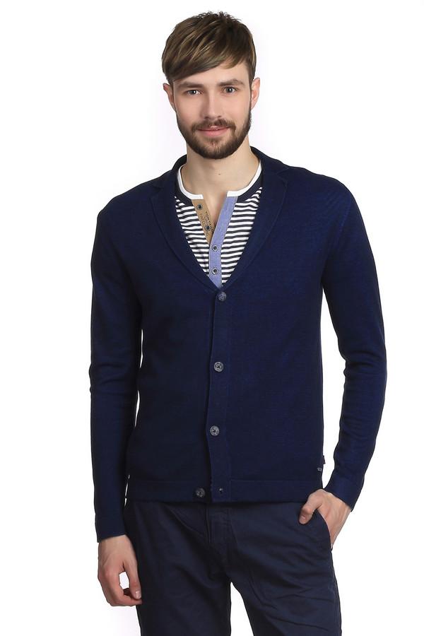 Кардиган Tom TailorКардиганы<br>Очень стильный мужской кардиган от немецкого бренда Tom Tailor прямого кроя. Изделие дополнено: v-образным вырезом, планкой на пуговицах и длинными рукавами. Это классический кардиган темно-синего цвета, с отложным воротником. Он выглядит очень модно и одновременно солидно. Его легко сочетать с различными футболками и рубашками. Кардиган выполнен из приятного на ощупь и мягкого трикотажа.<br><br>Размер RU: 50-52<br>Пол: Мужской<br>Возраст: Взрослый<br>Материал: хлопок 48%, вискоза 52%<br>Цвет: Синий