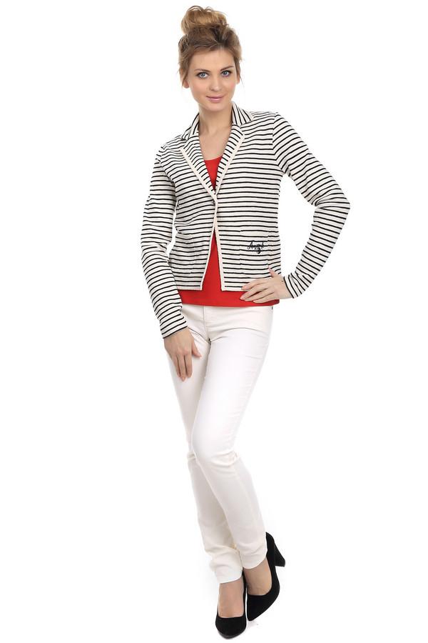 Классические джинсы OuiКлассические джинсы<br>Классические белые джинсы для женщин от бренда Oui прилегающего кроя. Состоят из эластана, полиэстера и хлопка. Изделие дополнено: шлевками для ремня и пятью стандартными карманами. Центральная часть застегивается на молнию и фиксируется на пуговицу. Страна-производитель – Болгария.<br><br>Размер RU: 40<br>Пол: Женский<br>Возраст: Взрослый<br>Материал: эластан 4%, полиэстер 29%, хлопок 67%<br>Цвет: Белый