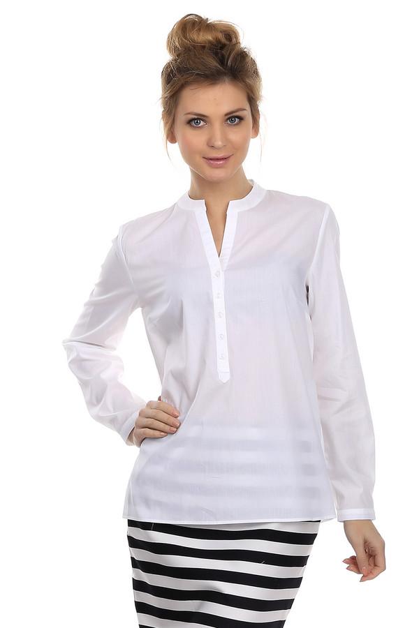 Блузa Betty BarclayБлузы<br>Женственная блуза от немецкого бренда Betty Barclay. Это простая, полупрозрачная блуза белого цвета, дополненная длинными рукавами и круглым вырезом на пуговицах. Спинка декорирована вставкой из плиссированной ткани. Изделие выполнено из 100% хлопка, поэтому данная блуза подходит для жаркой погоды.<br><br>Размер RU: 48<br>Пол: Женский<br>Возраст: Взрослый<br>Материал: хлопок 100%<br>Цвет: Белый