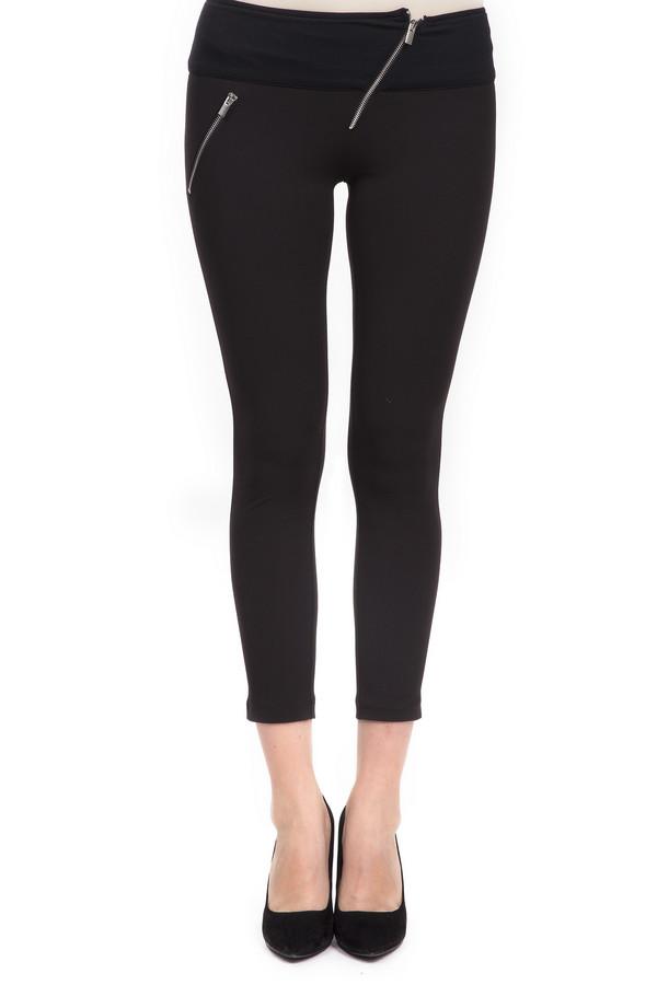 Брюки Sai-KuБрюки<br>Стильные брюки-скинни длиной до середины голени. Это брюки черного цвета, от бренда Sai-Ku. Брюки пошиты из полиэстера с добавлением эластана. Изделие дополнено косой ширинкой и таким же боковым карманом на молнии.<br><br>Размер RU: 46<br>Пол: Женский<br>Возраст: Взрослый<br>Материал: эластан 3%, полиэстер 97%<br>Цвет: Чёрный