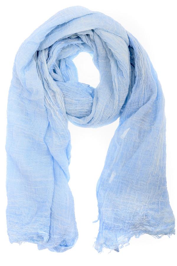 Шарф CodelloШарфы<br>Стильный женский шарф от бренда Codello голубого цвета. Эта модель была сделана из хлопка и полиэстера. Данное изделие предназначено для демисезонного периода. Такой шарф отлично сочетается с разными однотонными вещами. Нежный голубой цвет будет хорошим стильным дополнением летнему образу.<br><br>Размер RU: один размер<br>Пол: Женский<br>Возраст: Взрослый<br>Материал: хлопок 97%, полиэстер 3%<br>Цвет: Голубой