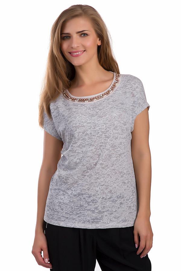 Блузa CommaБлузы<br>Блуза от бренда Comma прямого кроя представлена в нежно-розовом пудровом цвете. Изделие дополнено: круглым вырезом, короткими рукавами и завязками на спинке. Ворот оформлена жемчужинами и стразами. Спереди блуза декорирована вязанной вставкой и узором.<br><br>Размер RU: 44<br>Пол: Женский<br>Возраст: Взрослый<br>Материал: полиэстер 100%<br>Цвет: Розовый